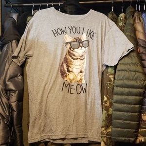 Mens size XL kitty cat tee shirt